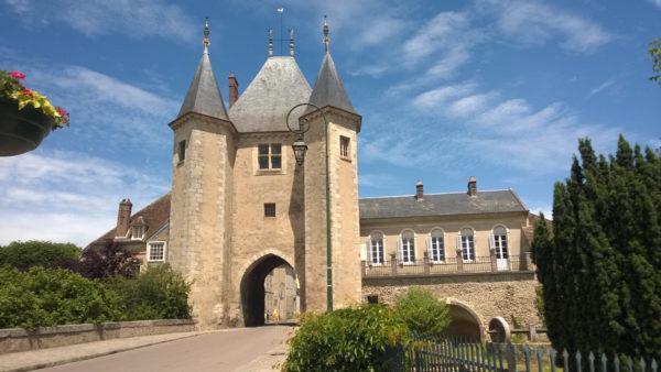 Villeneuve-sur-Yonne's Porte de Joigny